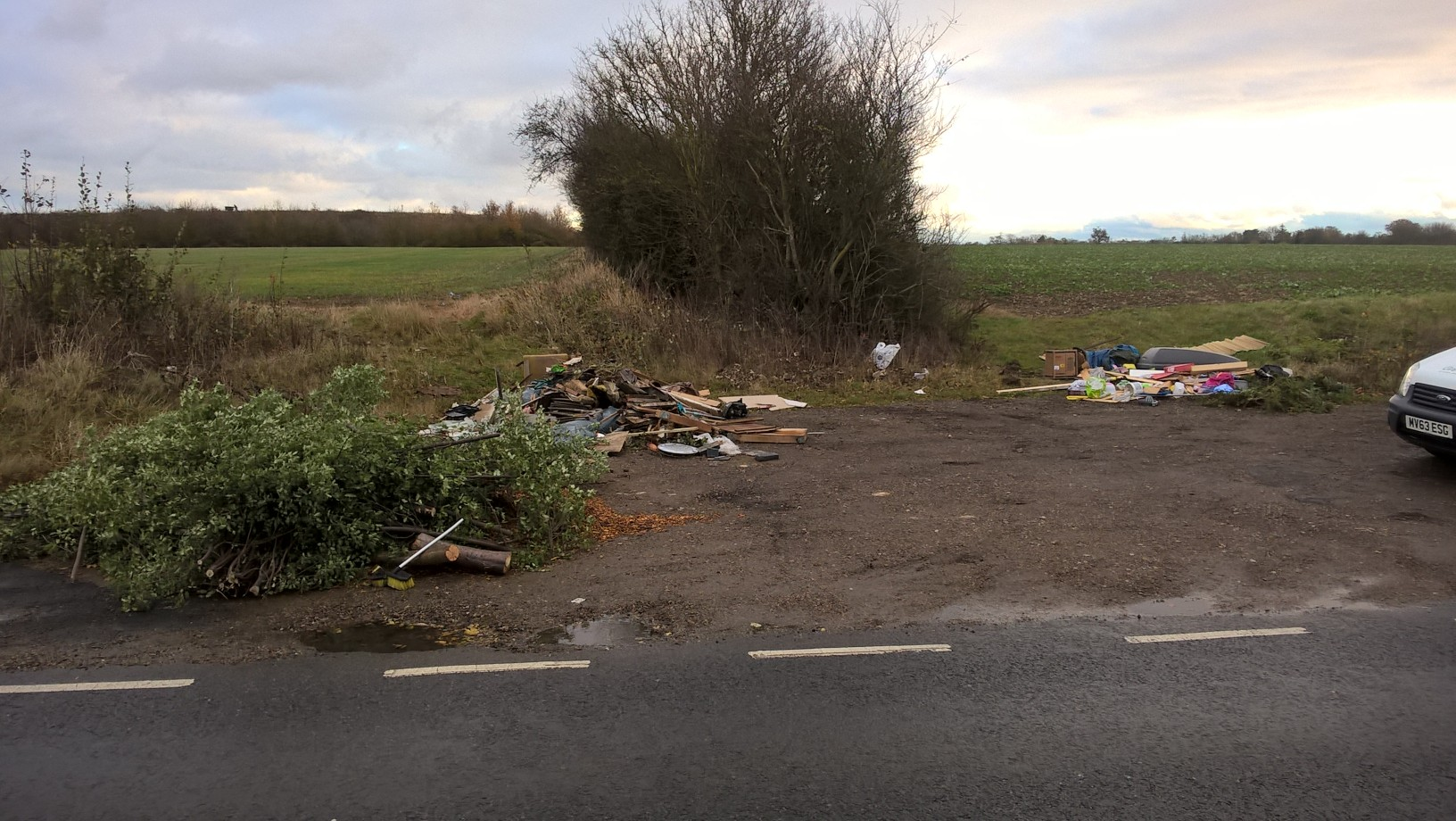 Fly tip at Suton Close, Witham